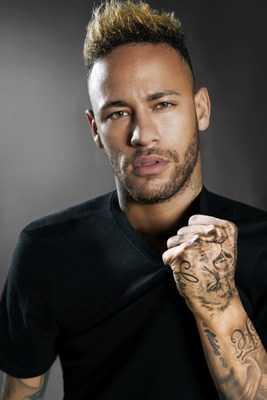 Neymar Jr. et Diesel Fragrances Vont Annoncer la Co-creation D'un Parfum